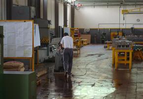 Pulitura professionale pavimenti aziende