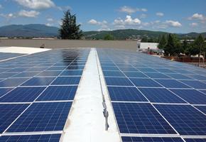 Lavaggio e pulizia professionale pannelli solari